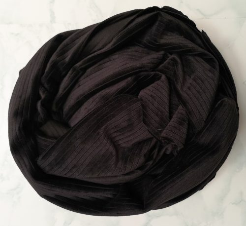 Black Ribbed Velvet Scarf